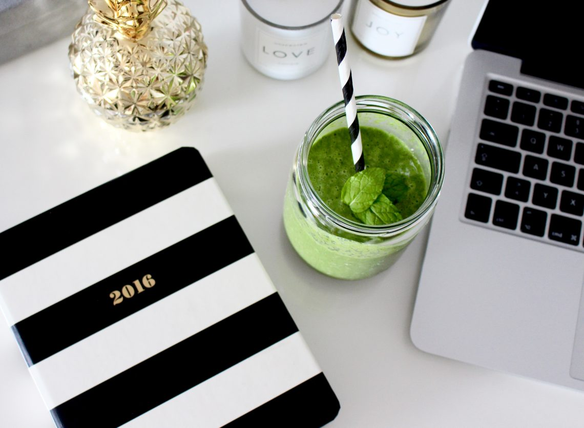 The Glowing Green Smoothie!