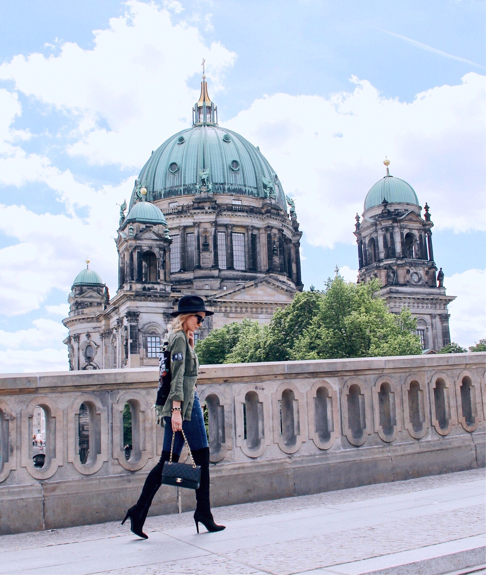Guide glam visiting berlin exclusive photo